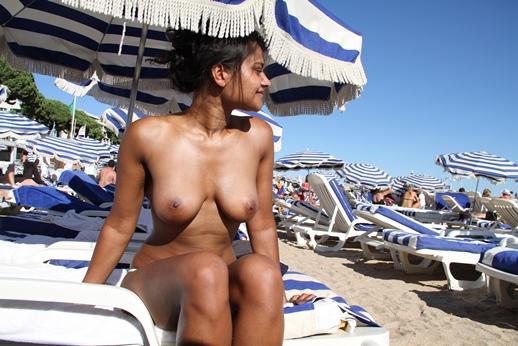 sonalibendr nude photo com